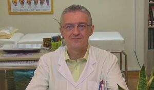 Θεόδωρος Γκατζούνης διδάσκων καθηγητής στο Σεμινάριο Acupressure Θεραπευτικής Μάλαξης GuaSha